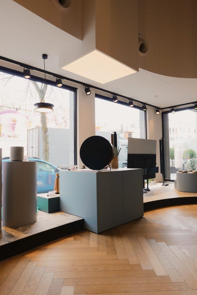 Bang & Olufsen flagship store interieur